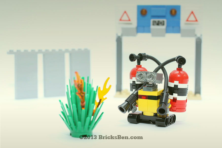 BricksBen - LEGO WALL-E Fights the Haze - Singapore Backdrop