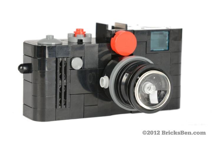 BricksBen - Leica - Front