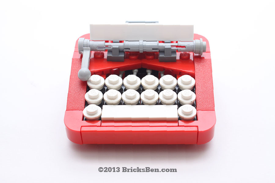 BricksBen - LEGO Typewriter - 1